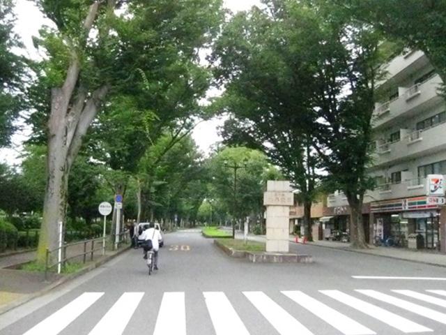 小平霊園(入り口)